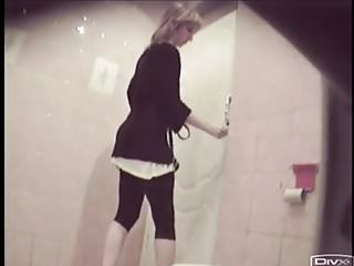 Voyeur toilet spy cam streaming - Girl changes tampon, toilet spy cam