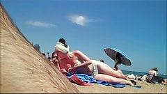 WHITE TEEN NIP SLIP AT BEACH