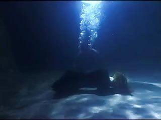 Sex underwater masterbating Underwater sex captive 1