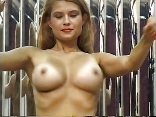 Differences between masturbation and sex male Beautiful blonde hottie fucks herself with different toys