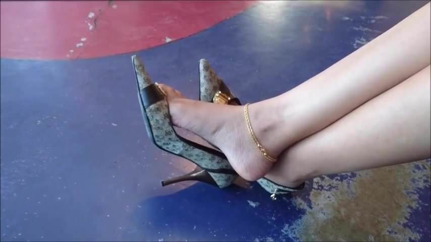 Babes Fucked High Heels