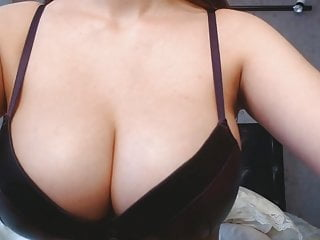 Korean asian singer 2 skinny korean asian busty babe in webcam solo