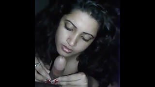 Desi bhabi sucking dick and giving horny expression