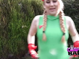 Cammy street fighter naked Cosplay babes street fighter babe fucks herself outdoor