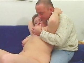 Plump mature movie Plump mature with big titts sucks and gets fucked