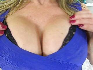 Moms sex needs Mom sofia rae with perfect body needs a good sex