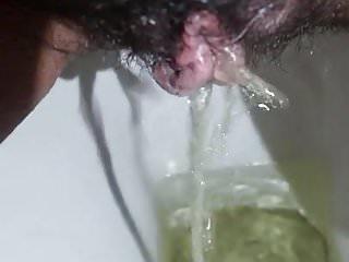Indian pussy youporn Desi latino girl bund piss pii pee indian pussy chutad
