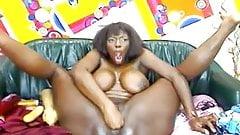 Karina colombiana-巨乳黒人少女アナルディルドウェブカメラ