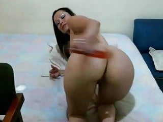 Moms using dildo on pussy - Latina fucks and rides pussy using dildo on cam