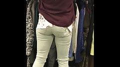Marzy o przyczepieniu miss zielone dżinsy - szczery tyłek