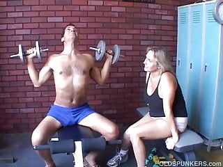 Ass beefy Beautiful beefy old spunker gives an amazing sloppy blowjob