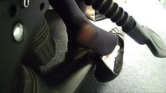 Nats sexy shoeplay in nylons + soles