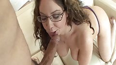 My hot aunt Kiki Daire wants my hard young cock!
