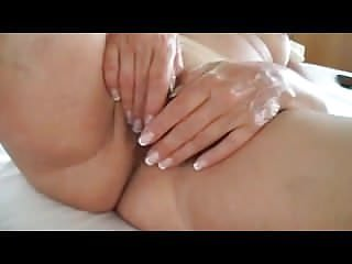 Looking for mature pussy - Look at my mature pussy