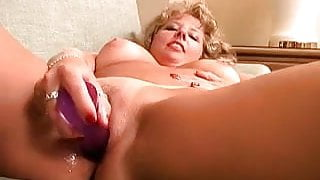 Shaved soccer MILF playing with her pussy Close up MILF GF