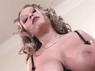 Shemale dildoing her ass - Well gifted rozi dildoing her pussy and fingering her ass