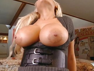 Gigantic tits hentai - Sexy latina gets cum all over her perfect gigantic tits