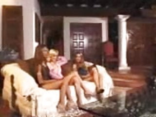 Hardcore lesbo dildo sex movies - Three chicks lesbo dildo cummss - jp spl