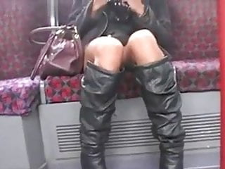 Men sex show - My girlfriend shows pussy to older men in train