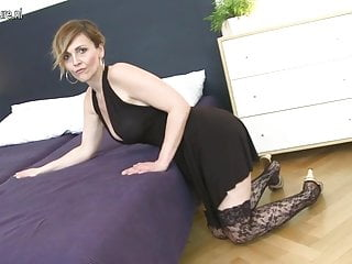 Boy fucks mother in her ass - Posh mature mother fucked by her toy boy