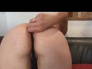 How to initiate anal intercourse - Initie a la sodo mariza avec deux bonnes queues