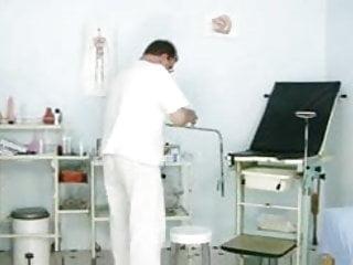 Teen medical examinations Redhead girl pussy examination by kinky gyno doctor