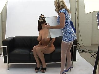 Candance michelle naked - Michelle invites her girlfriend to drill out orgasm from her pussy