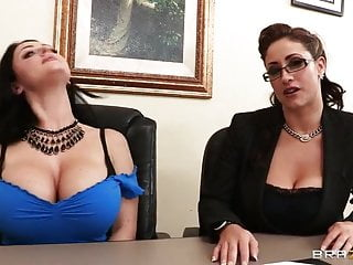 Dick of johnny depp - Eva notty and sophie dee taking interview of johnny sins