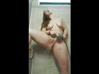 Porn on my cellphone Redhead pawg showerhead masturbation orgasm - cellphone vide