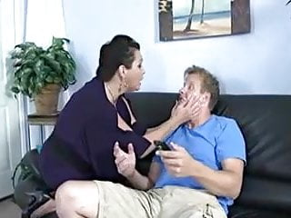 Diagnosing adult attention defficit disorder - Mature wife needs some attention