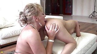 StepMom teaching girl true lesbian love
