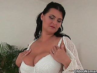 Big naturals on mature women - Mature women with natural big tits