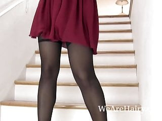 Mom put on a show hairy - Vivi marie comes downstairs and puts on a show