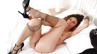 Hot mature French Chloe spreads her legs wide