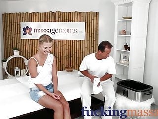 Beauty fuck porn young Massage rooms young college girl beauty has orgasm