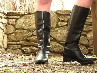 Leather boots woman fetish asian - Vanessa black leather boots shoeplay modelling