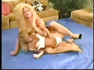 Erotic female wrestling Vintage female wrestling