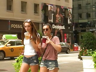 The naked cowboy in nyc - Thin babe w short shorts in nyc