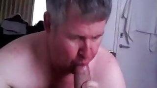 Daddy sucks big cock