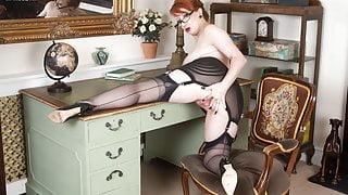 Kinky nylons heels office Milf slut finger fucks to orgasm