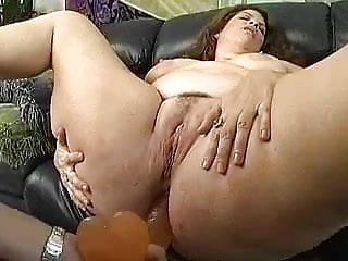 Suzuki ass part - Mature woman with a big ass part 3