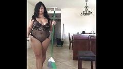 I suoi lavori domestici sexy