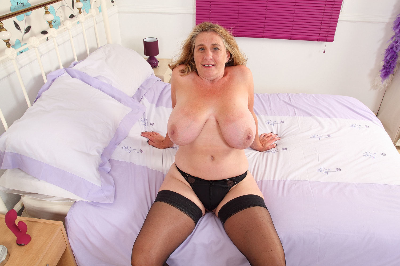 Sally Taylor British Milf