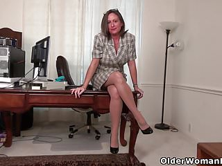 Black pantyhose brandi American milf brandi offers an insight into her life