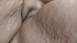 Black BBW superbabe Farrah Fox