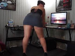 Priyanka chopra ass dance masala - Nice ass dance must watch