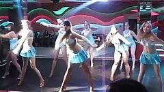 schoolgirls dance good asses