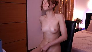 Webcam Girl with tiny tits