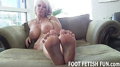 I want to show off my freshly pedicured feet for you