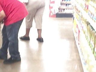 Big fat man photo senior sex tall xxx Tall black cougar bending that fat nut booty 3